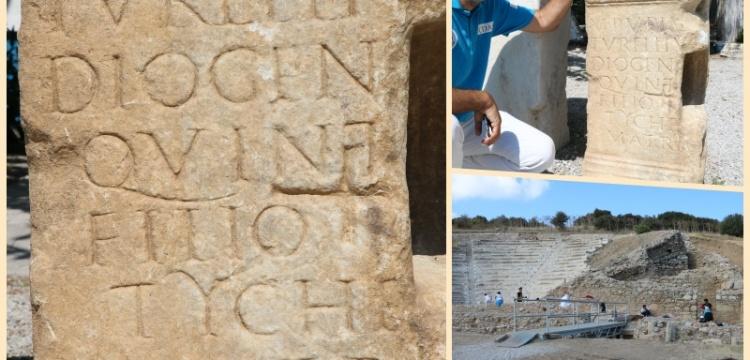 Parion Antik Kentinde bin 900 yıllık anıt mezar kitabesi bulundu