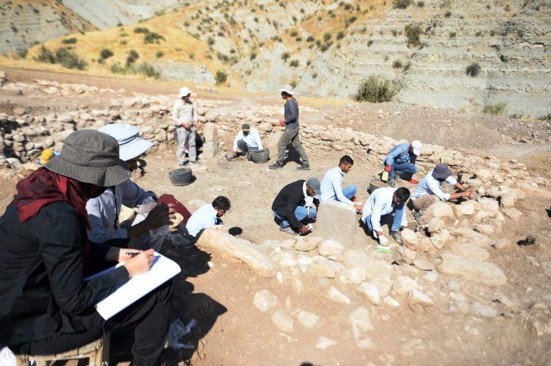 Mardin Boncuklu Tarla'da 11 bin yıllık tapınak bulundu