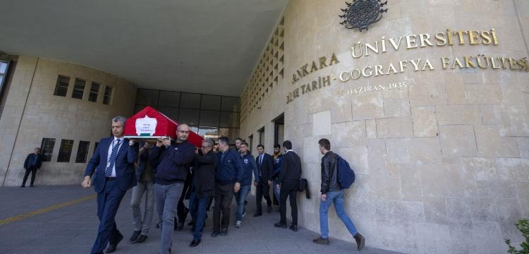 Prof. Dr. Aykut Çınaroğlu için Ankara Üniversitesi'nde tören düzenlendi