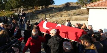 Arkeolog Prof. Dr. Aykut Çınaroğlu Alacahöyükte toprağa verildi