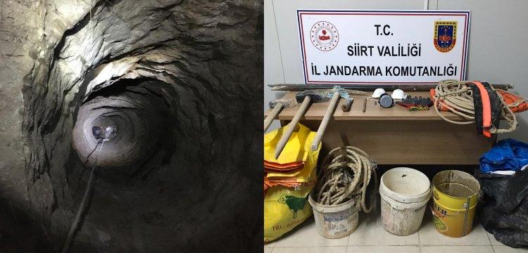 Siirt'te Milli Park'a 20 metrelik kuyu kazan 6 defineci yakalandı