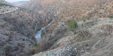Tosyadaki defineci ziyaretgahı Gavur Kayalıklarında kazılar başladı