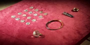 İngiliz definecilerin sattığı viking gömüsü tarihi ittifakın kanıtı çıktı