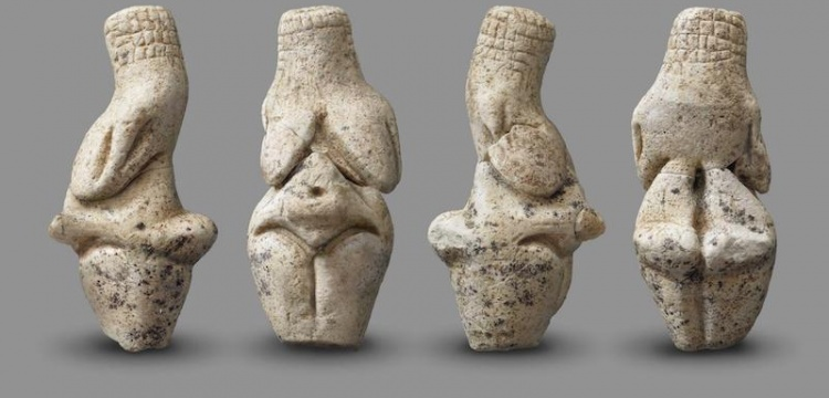 Arkeologlar Fransa'da 23.000 yıllık 'Venüs Heykelciği' buldu