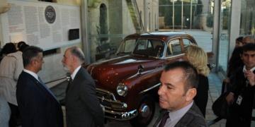 Mardinin en eski taksisi Sakıp Sabancı Kent Müzesine bağışlandı