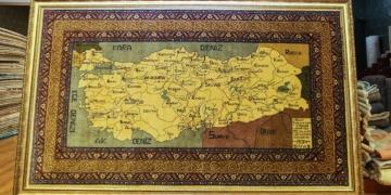 Gazi Mustafa Kemal Atatürke hediye edilmek üzere dokunan halı satılık
