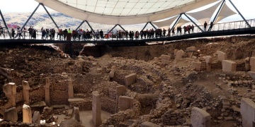 Dünyanın en eski tapınaklarını Göbeklitepe Yılında 412 bin 378 kişi gezdi