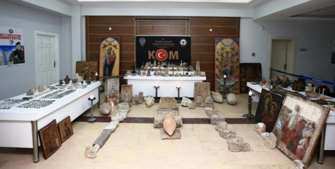 İstanbuldaki tarihi eser operasyonunda 1134 parça tarihi eser yakalandı