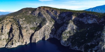 Fethiyenin kayalara gizli turistik mekanı: Afkule Manastırı