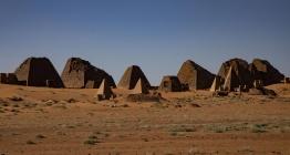 Afrikanın ortasındaki gizem: Meravi Piramitleri
