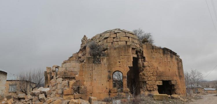 Dağpazarı Kilise kalıntısının bir kısmı şiddetli yağış nedeniyle çöktü