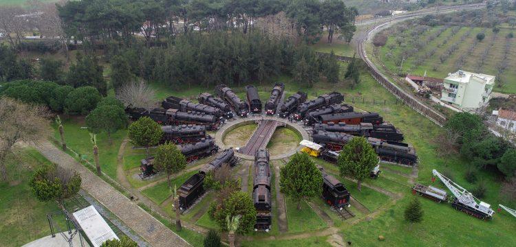 Çamlık Buharlı Lokomotif Müzesi mesire olarak da ilgi görüyor