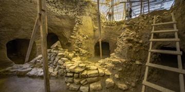 Göztepe Tümülüsündeki 20 antik dönem mezarı ziyarete açılacak