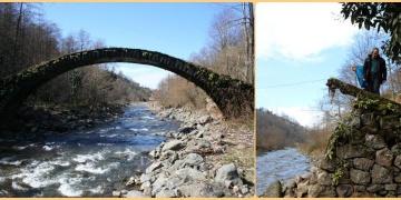 Rizede koruma altındaki 200 yıllık tarihi kemer köprü yıkıldı