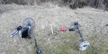 Kastamonudaki Taşlık Göletinde gömü arayan 2 defineci yakalandı