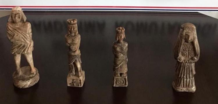 Mersin'de 4 heykel yakalandı