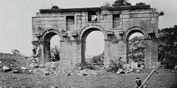 Patara Antik Kent Kapısı Restore Ediliyor