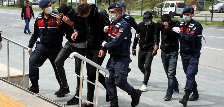 Alanyada kaçak kazı yapan 4 kişi gözaltına alındı