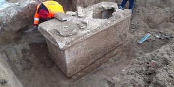 Silivride inşaat sırasında lahit bulundu