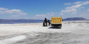 Salda Gölünde İnşaat!