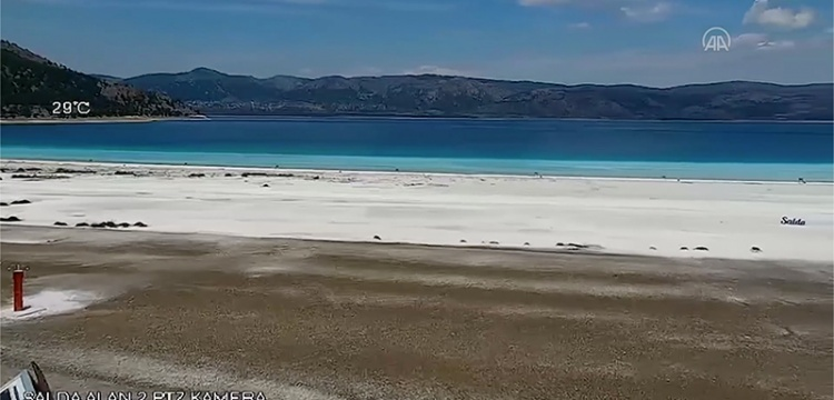 Salda Gölü'nde 24 saat kamera ile canlı yayın başladı
