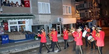 Amasyada 156 yıllık bando geleneği sokağa taşındı