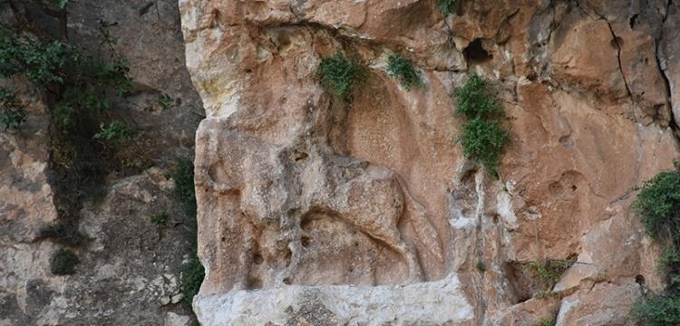 Şırnak'ta 6 bin yıllık rölyef tahrip edildi