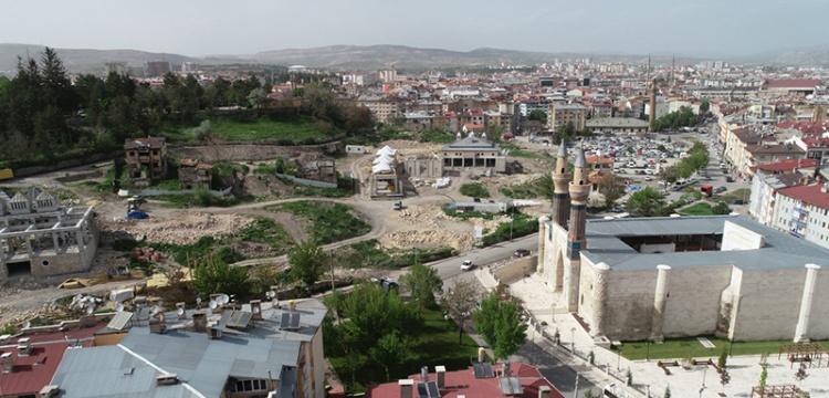 Sivas Kale Projesi'nin yüzde 30'u tamamlandı