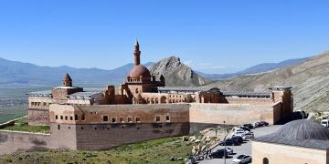 İshak Paşa Sarayı ziyarete açıldı