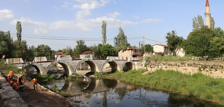Aizanoi'de kayıkla Antik Çağ'a yolculuk...