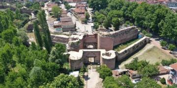 İznikte 2 bin yıllık İstanbul Kapısı restorasyonu devam ediyor