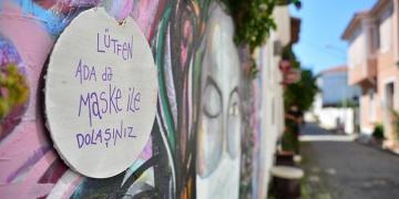 Bozcaadada kontrollü hareket turizmcileri memnun ediyor