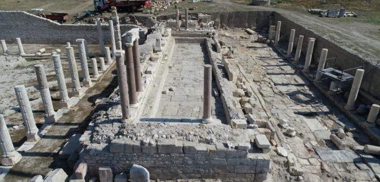 Tripolis anıtsal çeşmenin yüzde 90'ının kazısı tamamlandı