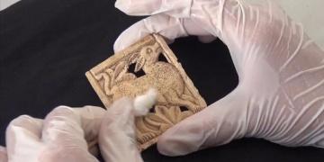 Balatlar arkeoloji kazılarında ilk kez hayvan figürlü obje bulundu