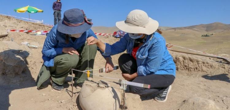 Urartular'ın yeni bir ölü gömme geleneği tespit edildi