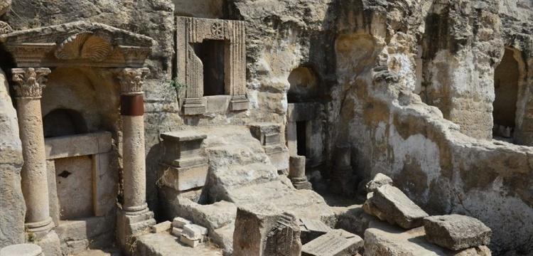 Şanlıurfa'daki mağara mezarlarında arkeoloji kazıları başladı