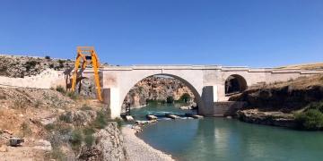 Besni Kızılin Köprüsünün restorasyonu tamamlandı