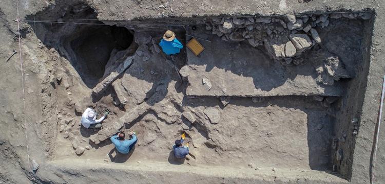 Van İremir Höyüğü'nde 5 bin yıl öncesine ait yaşam izleri bulundu