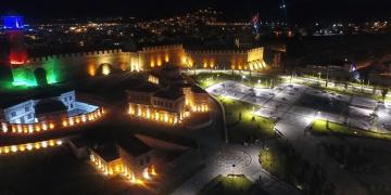 Erzurumda tarihi mekanlar ışıklandırıldı