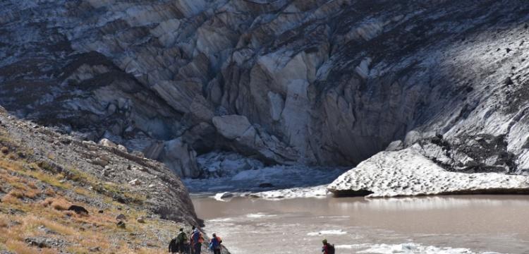 Cilo Dağları'nın buzulları yerli ve yabancı dağcıları ağırlıyor