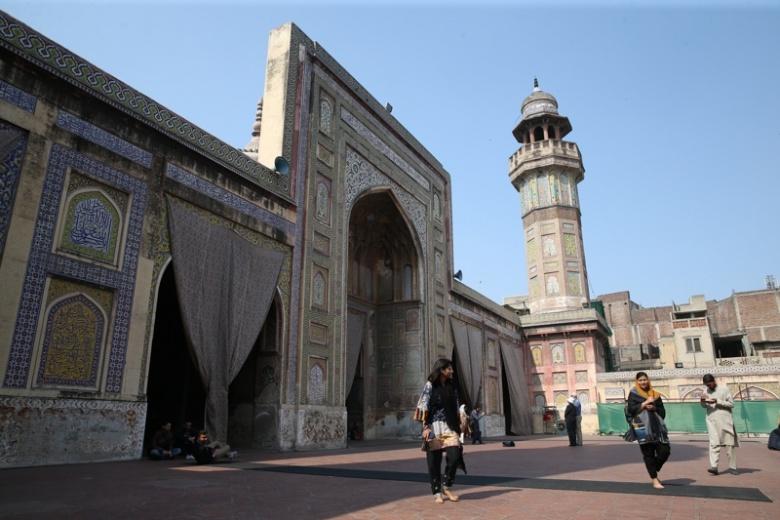 Pakistan'da Babürler şahaseri: Lahor Vezirhan Camisi