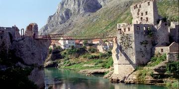 Mostar Köprüsünün yıkılışının 27. yılı