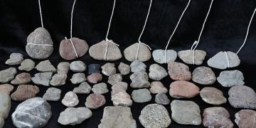 Yeşilova Höyüğünde balık avında kullanılan ağırlıklar bulundu