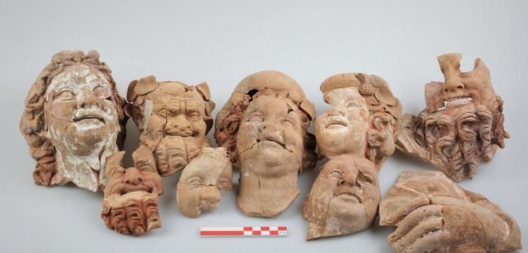 Kurul Kalesi'nde 2 bin 100 yıllık büst ve masklar bulundu