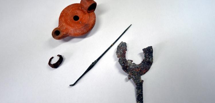 Hadrianaupolis Antik Kenti'nde kazılarda ölü hediyeleri bulundu