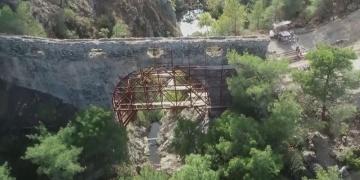 Troya Antik Kentine su taşıyan Kemerdere Su Kemeri restore ediliyor