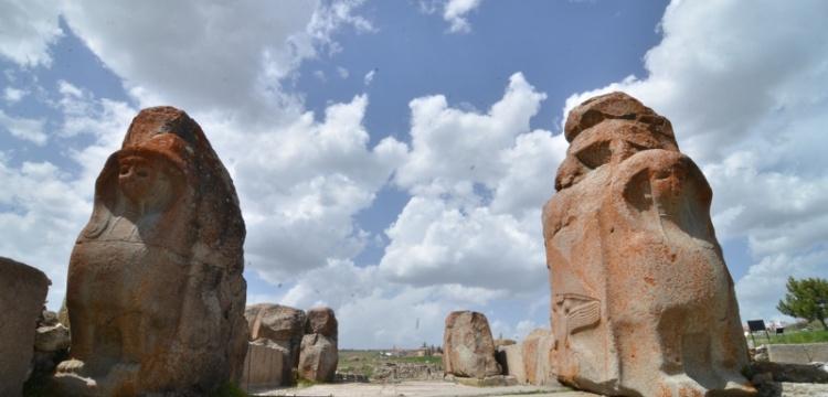 Alacahöyük'te kazı süresi 12 aya çıkarıldı