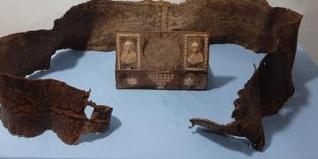 Gaziantepte tarihi eser niteliği taşıyan piton yılanı derisi yakalandı