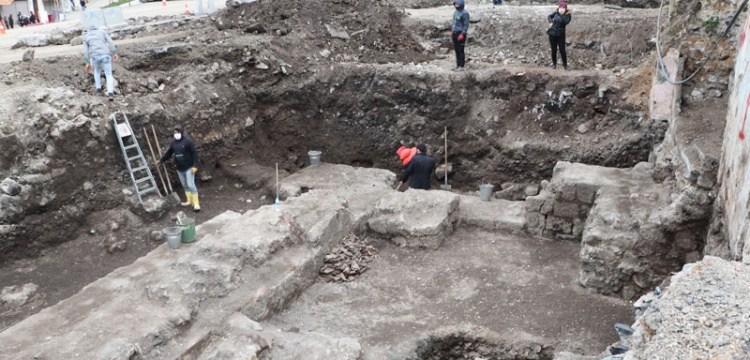 Trabzon'da otopark  inşaatında Roma Dönemi kalıntılar bulundu