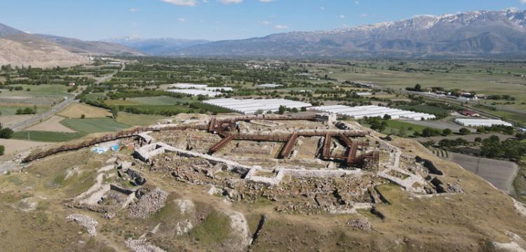 Erzincan Altıntepe Kalesi Arkeopark'a dönüştürüldü